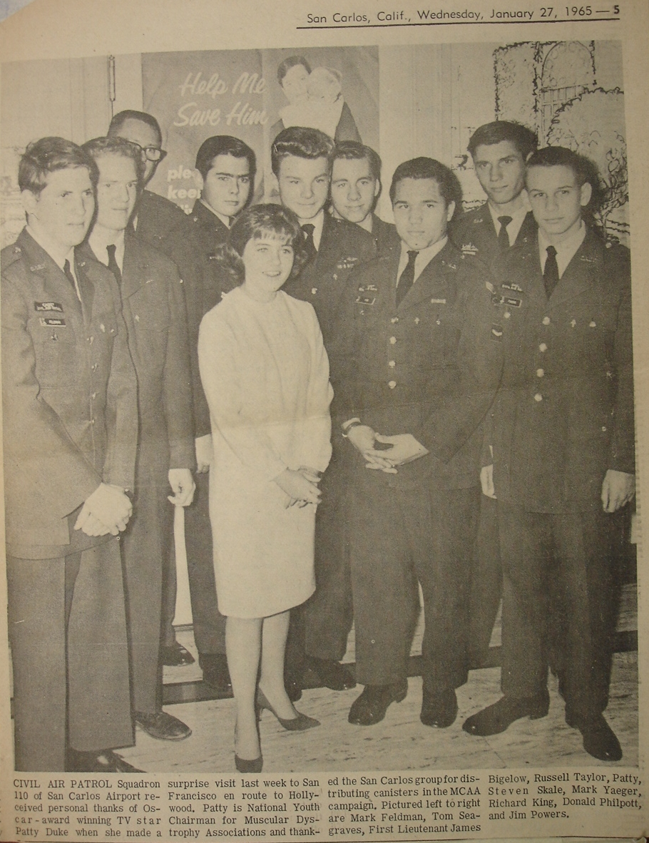 Patty Duke visits San Carlos Airport Jan. 27, 1965